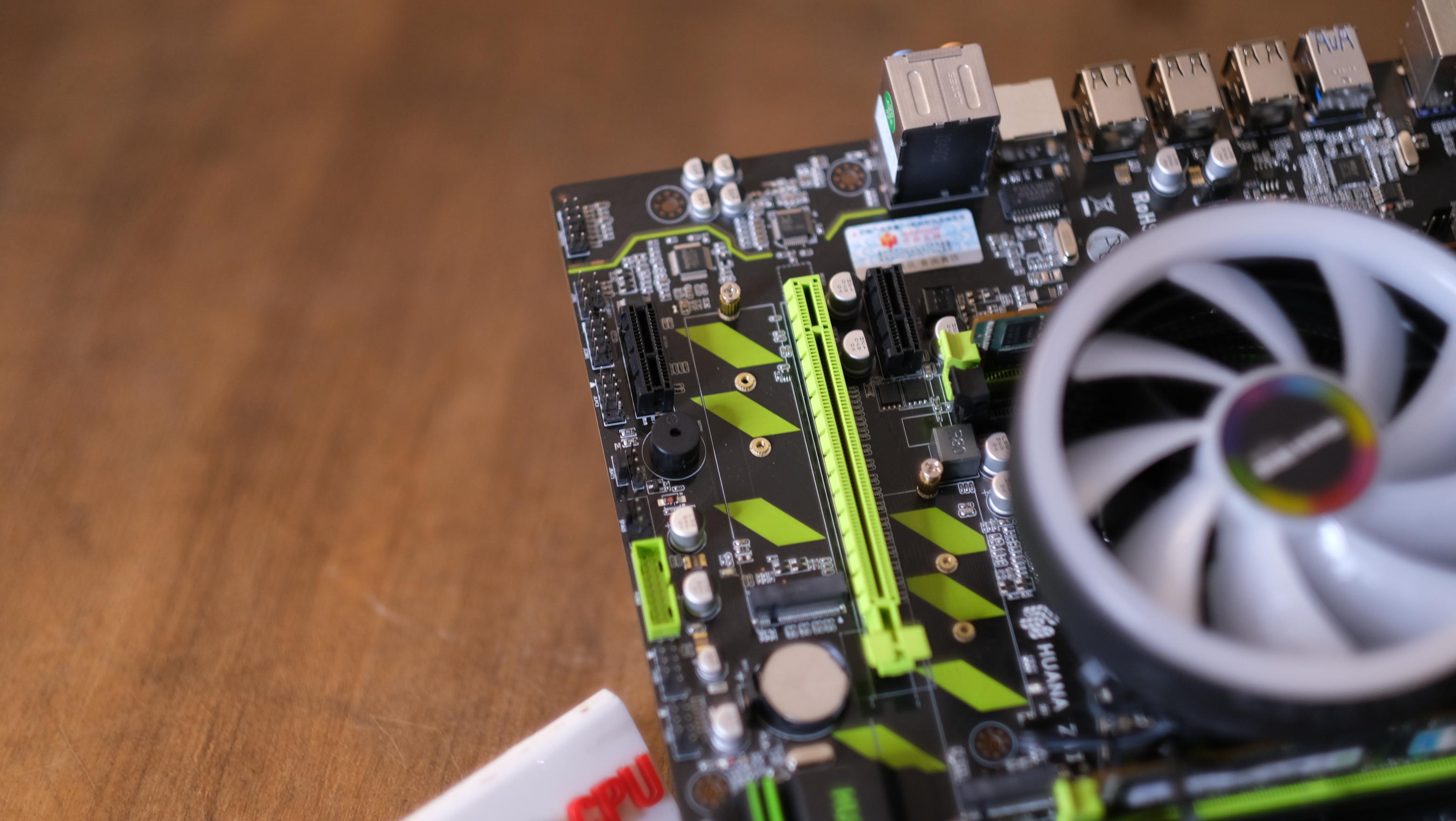 Xeon E5 2650 v2 Turbo 3 4Ghz 8C 16T / X79 รองรับ M 2 /16GB DDR3 ECC
