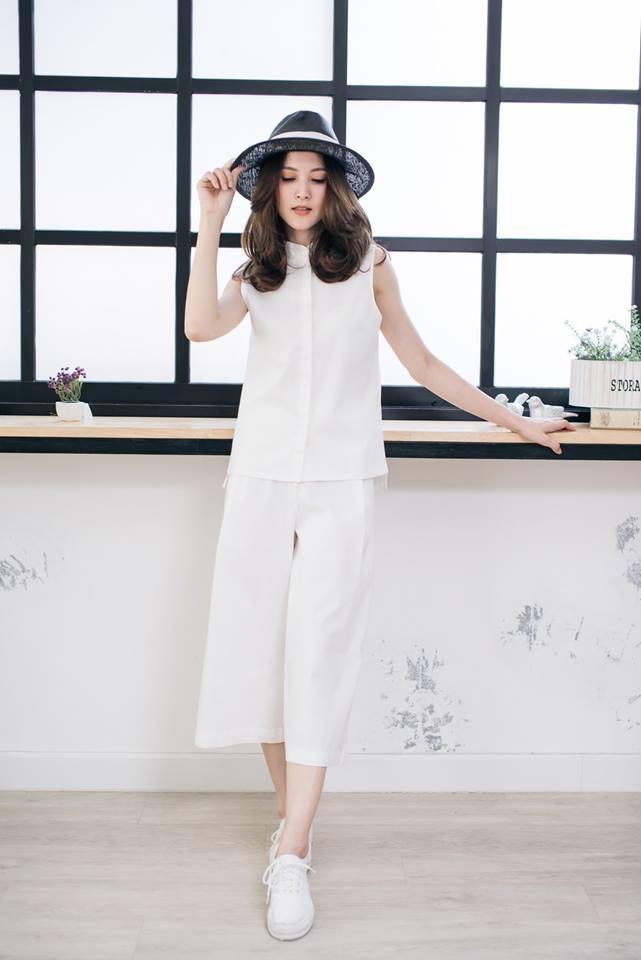 Sleeveless Mandarin Set สีขาว