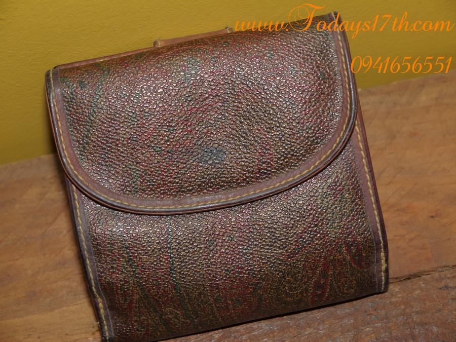 กระเป๋าเงิน ETRO