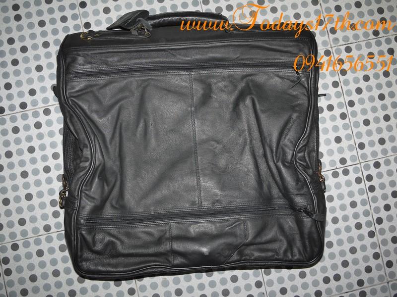 กระเป๋าใส่สูทหนังแท้