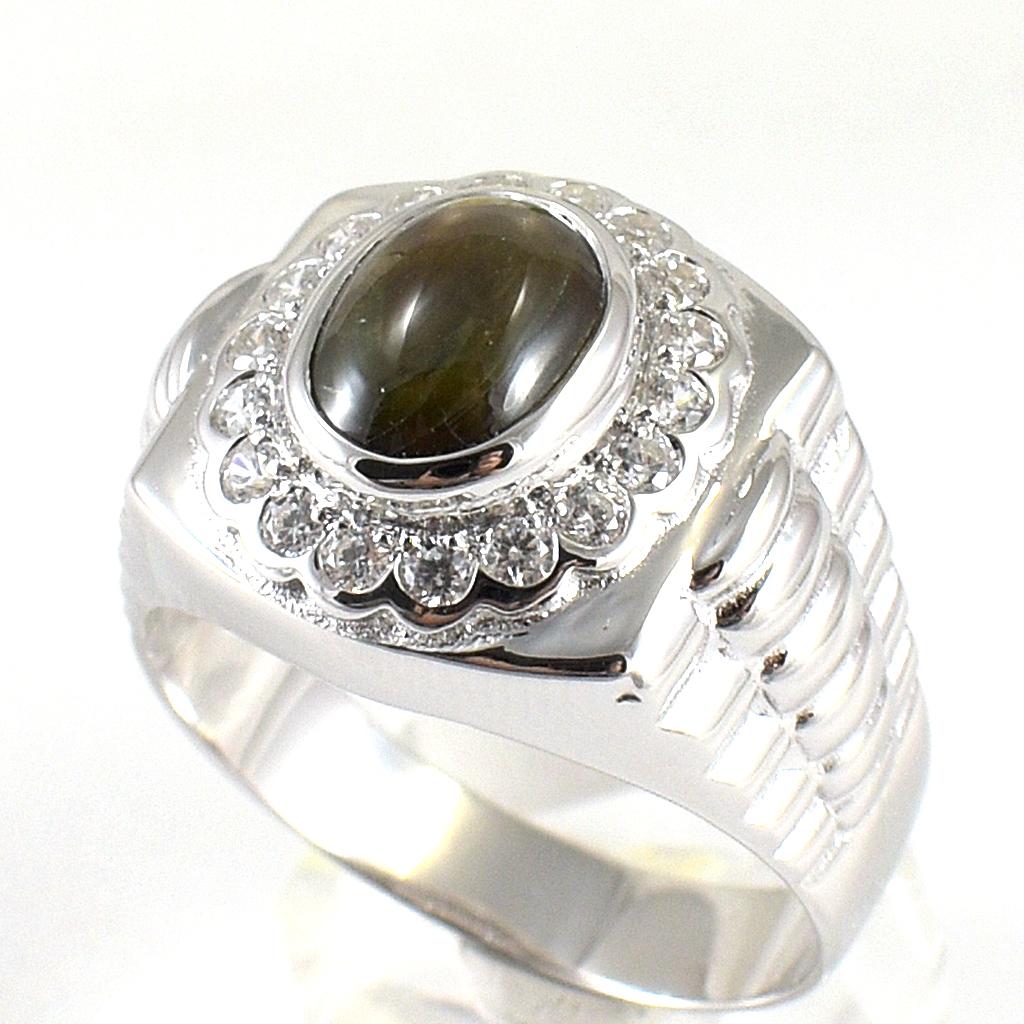 แหวนพลอยผู้ชายเงินแท้ 92.5 เปอร์เซ็น ฝังด้วยพลอยสตาร์แซฟไฟร์แท้