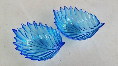 ถ้วยแก้วท้องลึกทรงใบไม้ สีฟ้าใส