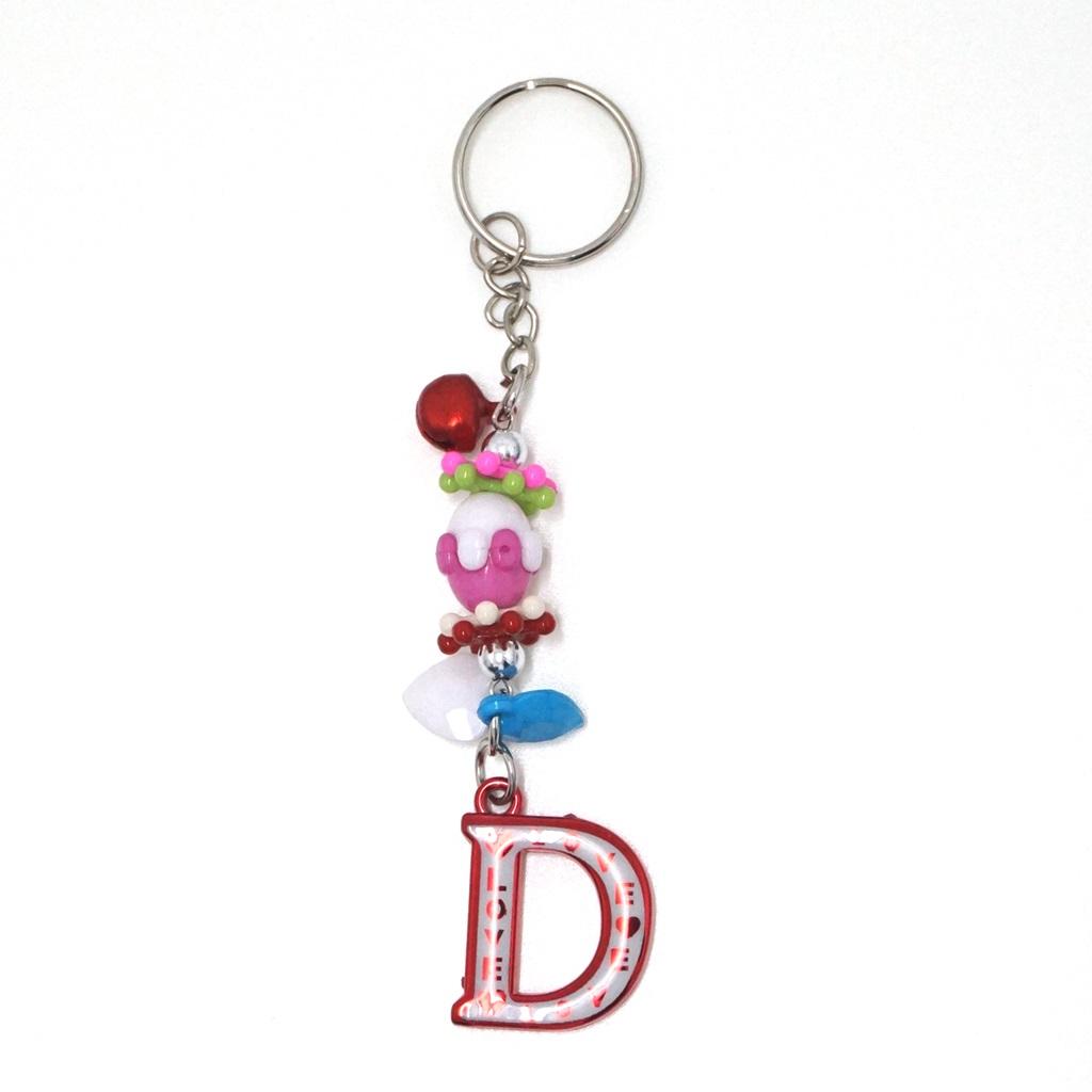 พวงกุญแจตัวอักษร Dสีแดง(แบบเล็ก) 12อัน