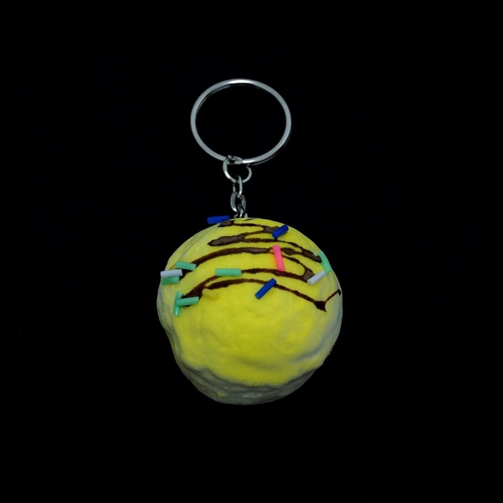 พวงกุญแจ สกุชชี่โดนัท(สีเหลือง) 12อัน