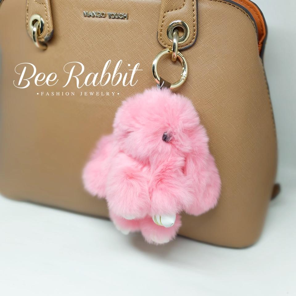 พวงกุญแจกระต่ายปอมปอมห้อยกระเป๋าสีชมพู