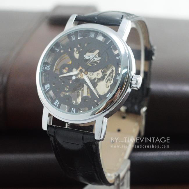 นาฬิกาข้อมือระบบกลไกไขลาน พื้นลายฉลุเถาวัลย์สีดำ (พร้อมส่ง)