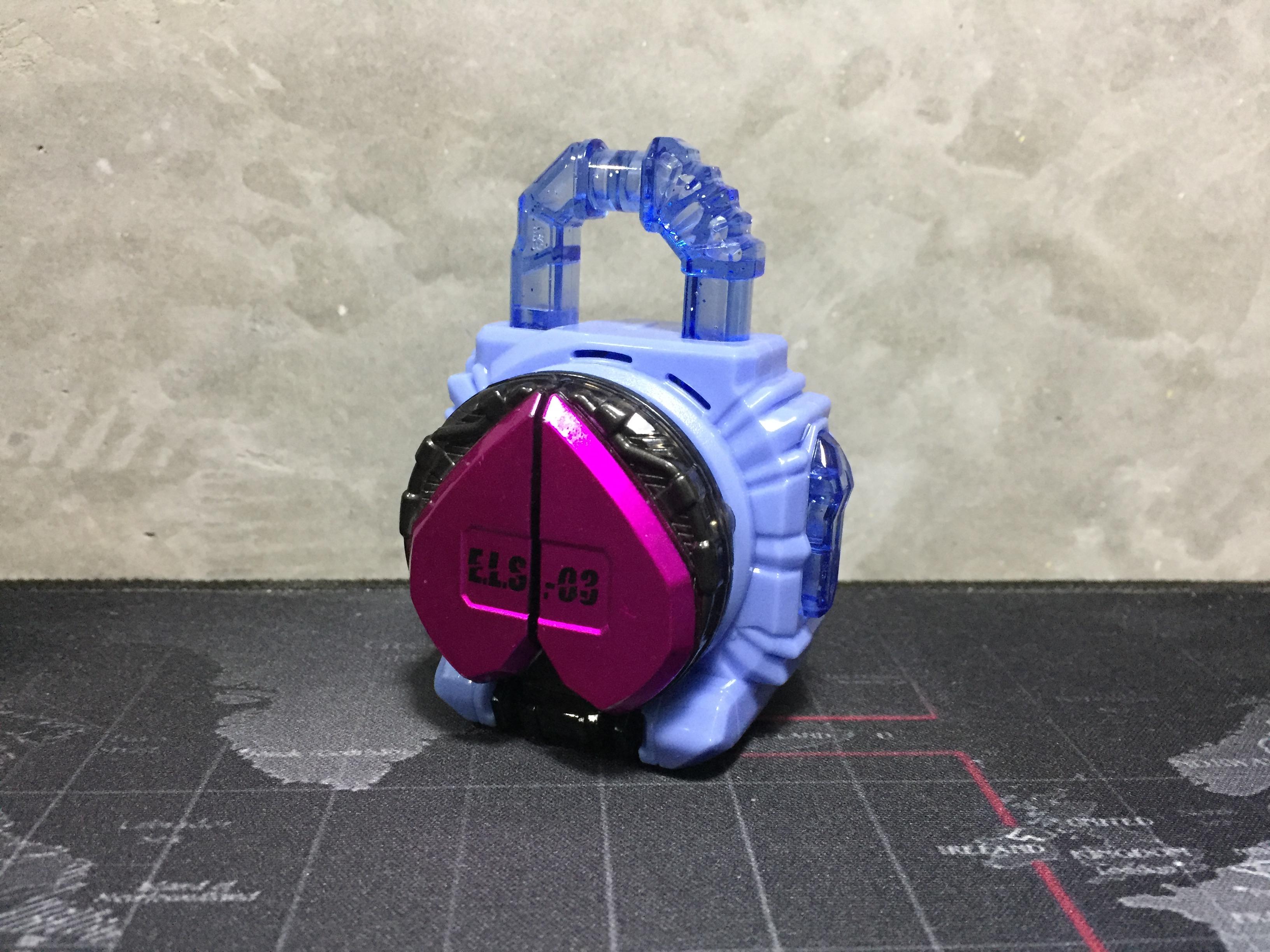 Kamen Rider Gaim Gashapon ELS-03 Peach Energy Lock Seed (พีช)