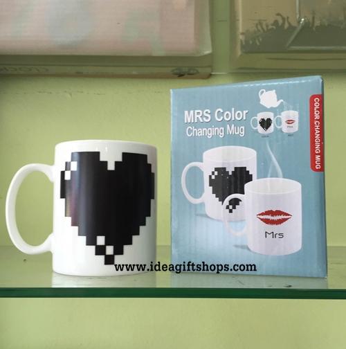 แก้วน้ำเปลี่ยนสีได้ รูปหัวใจ (ซื้อ 3 ชิ้น ราคาส่ง 200 บาท/ชิ้น)