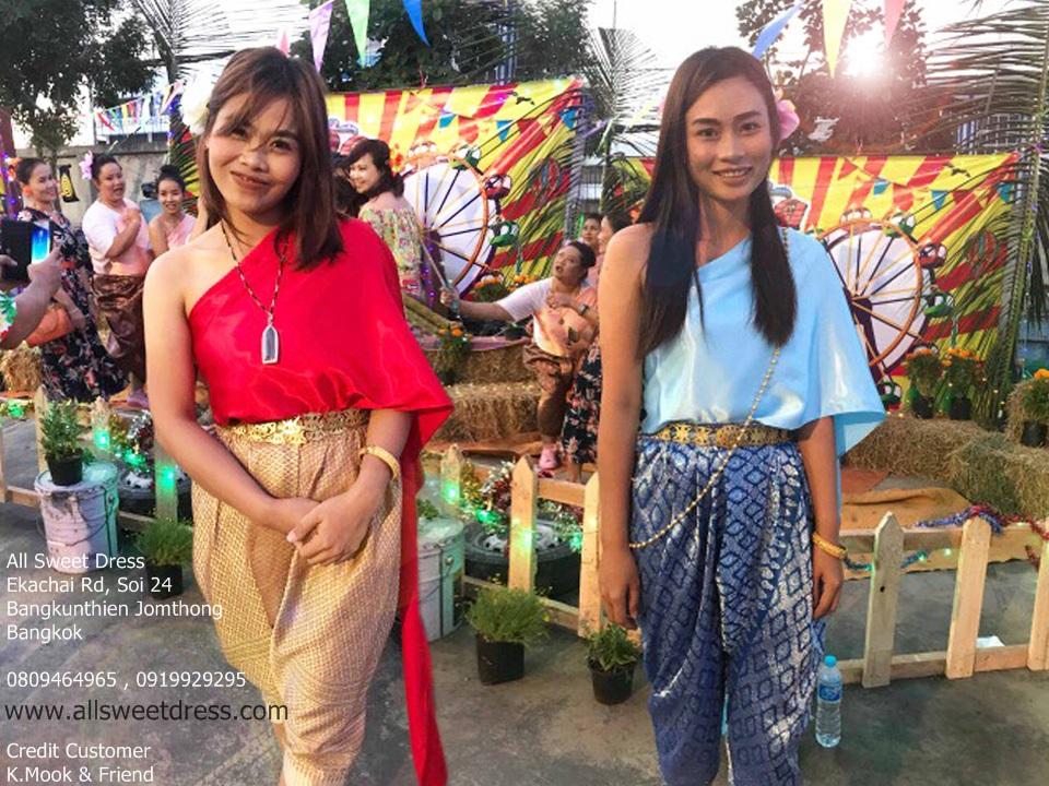 รีวิวชุดไทยดั้งเดิมในธีมไทยๆ แบบสไบ โจงกระเบนย้อนยุค ใส่เป็นเพื่อนเจ้าบ่าว เจ้าสาวหรือธีมงานวัดก็ได้จากน้องมุก หมู่บ้าน DK และเพื่อน ที่มาใช้บริการเช่าชุดไทยของ allsweetdress ฝั่งธนค่ะ