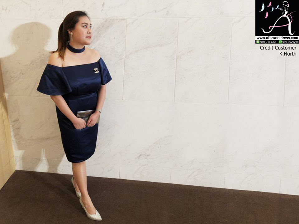 รีวิวชุดสั้นทรงเข้ารูปสำหรับสาวอวบแบบมีแขนปาดช่วงบนมีโช้คเกอร์เก๋ๆ สีกรมท่าจากน้องนอร์ธ ธนาคารกรุงไทยที่มาใช้บริการของ allsweetdress ฝั่งธนค่ะ