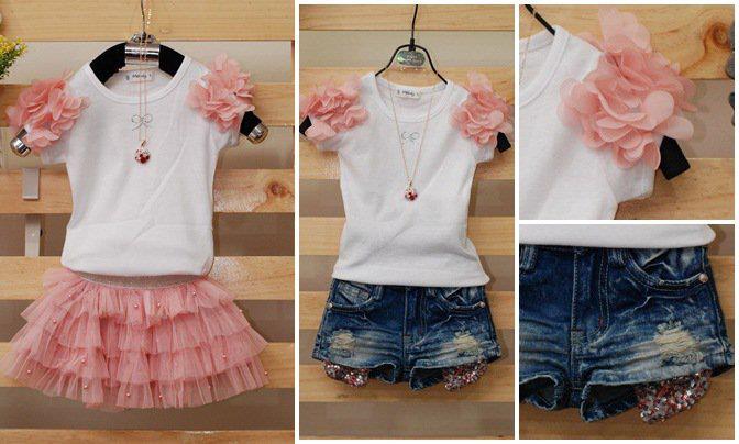 เสื้อยืดประดับระบายดอกไม้สีชมพู [Korea]