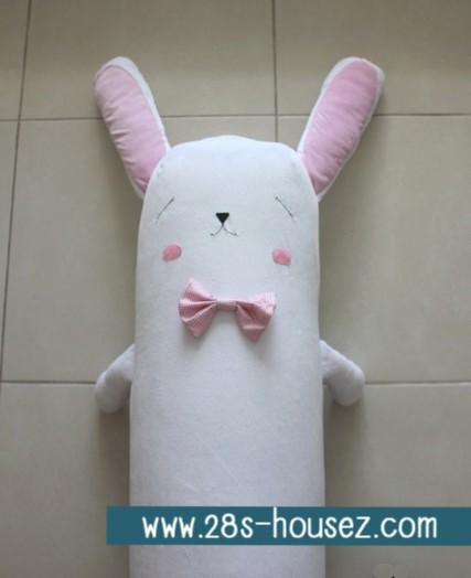 ปลอกหมอนข้างตุ๊กตา กระต่าย สีขาว/ชมพู ## พร้อมส่งค่ะ ##
