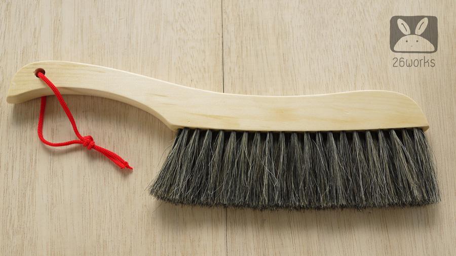 แปรงปัดฝุ่นด้ามไม้ ระยะขนแปรง 24 cm