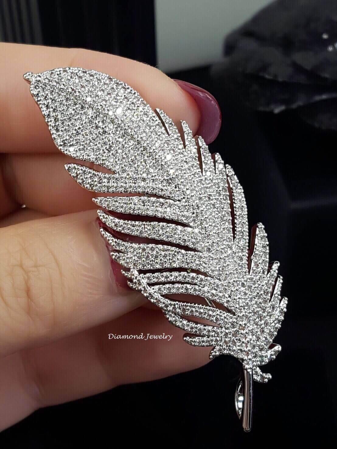 พร้อมส่ง Diamond Brooch เข็มกลัดเพชรดีไซใบไม้