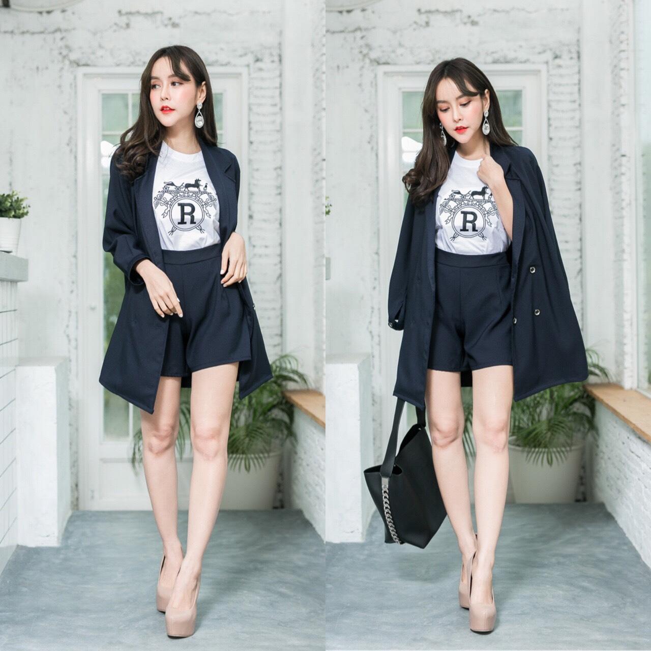 เสื้อผ้าเกาหลี พร้อมส่ง เสื้อคลุมBazer+กางเกงขาสั้น