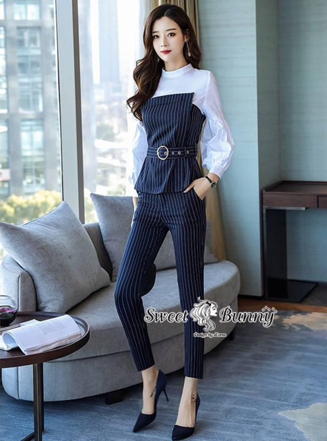 ชุดเซทแฟชั่น ชุดเซ็ทเสื้อ+กางเกงงานเกาหลี ผ้าสีขาวเป็นเนื้อผ้าคอตตอนเชิ้ต