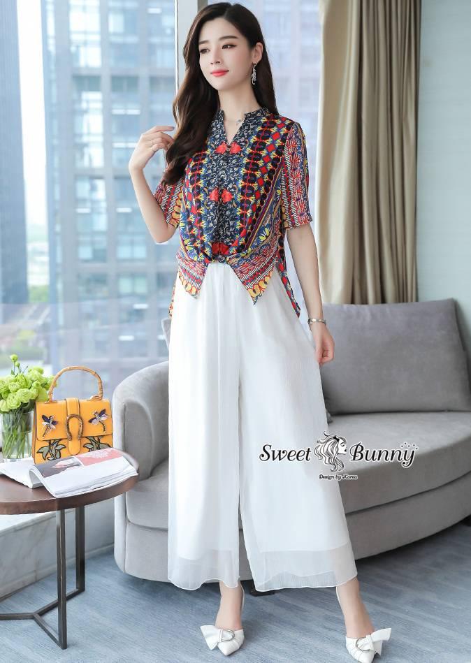 ชุดเซทแฟชั่น ชุดเซ็ทเสื้อ+กางเกงเกาหลี เสื้อผ้าเนื้อดีนุ่มมีน้ำหนัก ผ้าพิมพ์ลายดอกทั้งตัว
