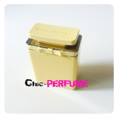 น้ำหอม Marc Jacobs Perfume Essence EDP 100ml