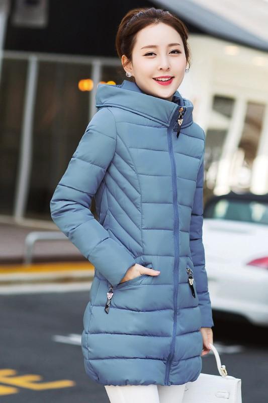 (พร้อมส่ง) เสื้อโค้ทแฟชั่น เสื้อกันหนาว เสื้อกันหนาวแฟชั่น สีฟ้า ตัวยาวคลุมสะโพก ผ้าร่ม กันลมหนาวได้ดีเลยค่ะ มีฮูท ลายทางเก๋ มีกระเป๋า มีซับในค่ะ แฟชั่นมาใหม่สไตล์เกาหลี ใส่ขึ้นดอย หรือ ใส่เดินทางไปต่างประเทศตัวนี้เอาอยู่ค่ะ