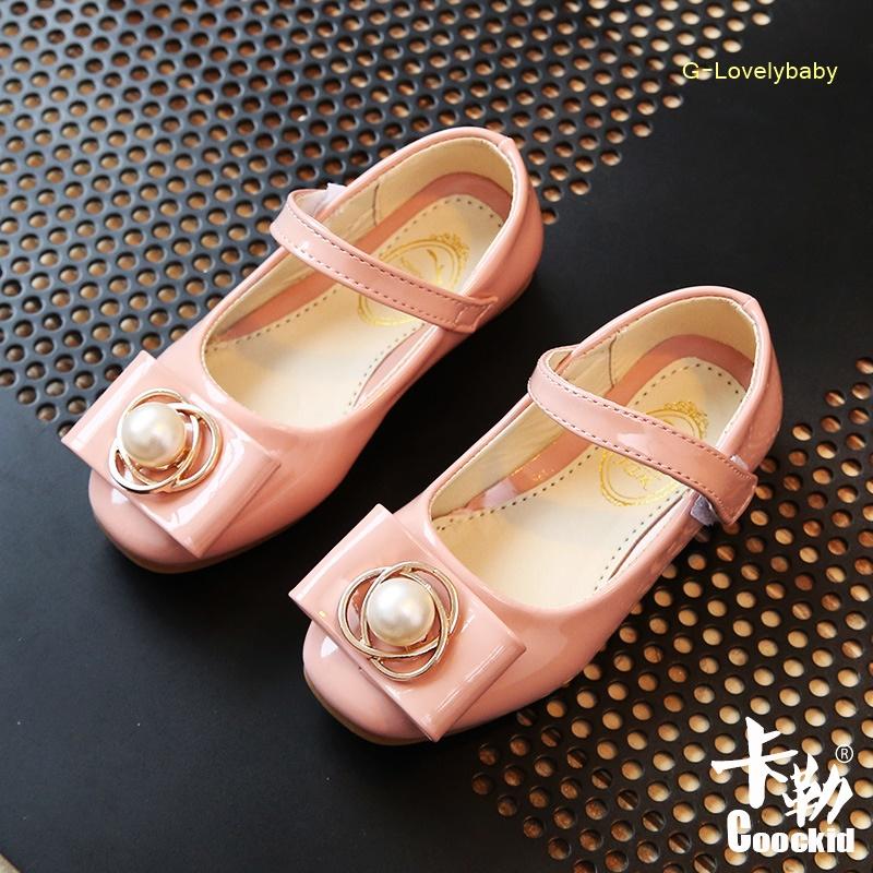 รองเท้าเด็ก คุณภาพดี รองเท้าเด็กแฟชั่น รองเท้าเด้กหญิง รองเท้าหนังแก้ว สีชมพู พร้อมส่ง อายุ 3-6 ขวบ