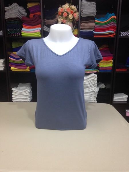 """เสื้อยืดคอวี สีฟ้าคราม size """"M"""""""