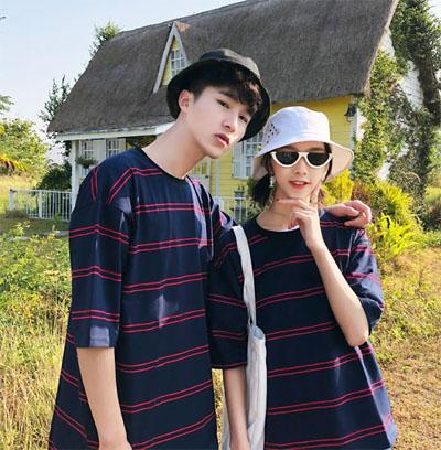 เสื้อยืดแขนสั้นเกาหลี ลายเส้นขวาง ทรงหลวม มี2สี