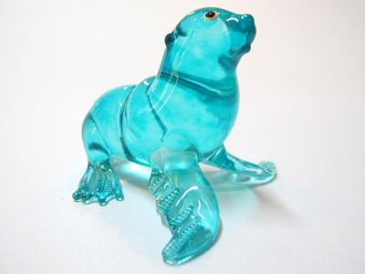 แมวน้ำแก้วเ่ป่า Glass Figurine Seal