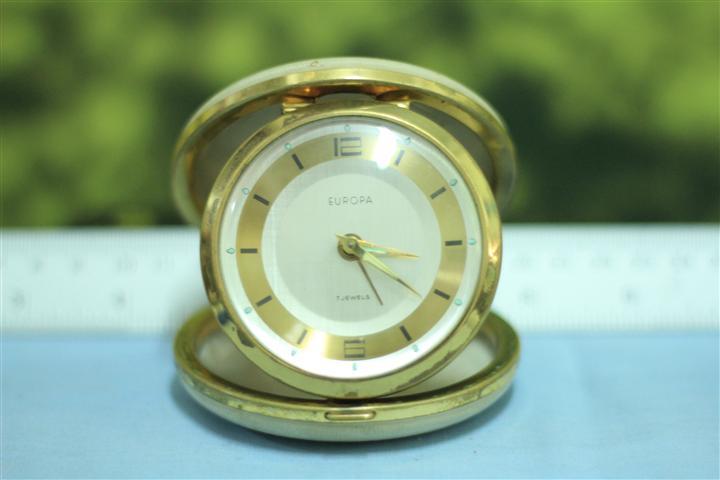 T0661 นาฬิกาปลุกเยอรมันโบราณ Europa ส่ง EMS ฟรี