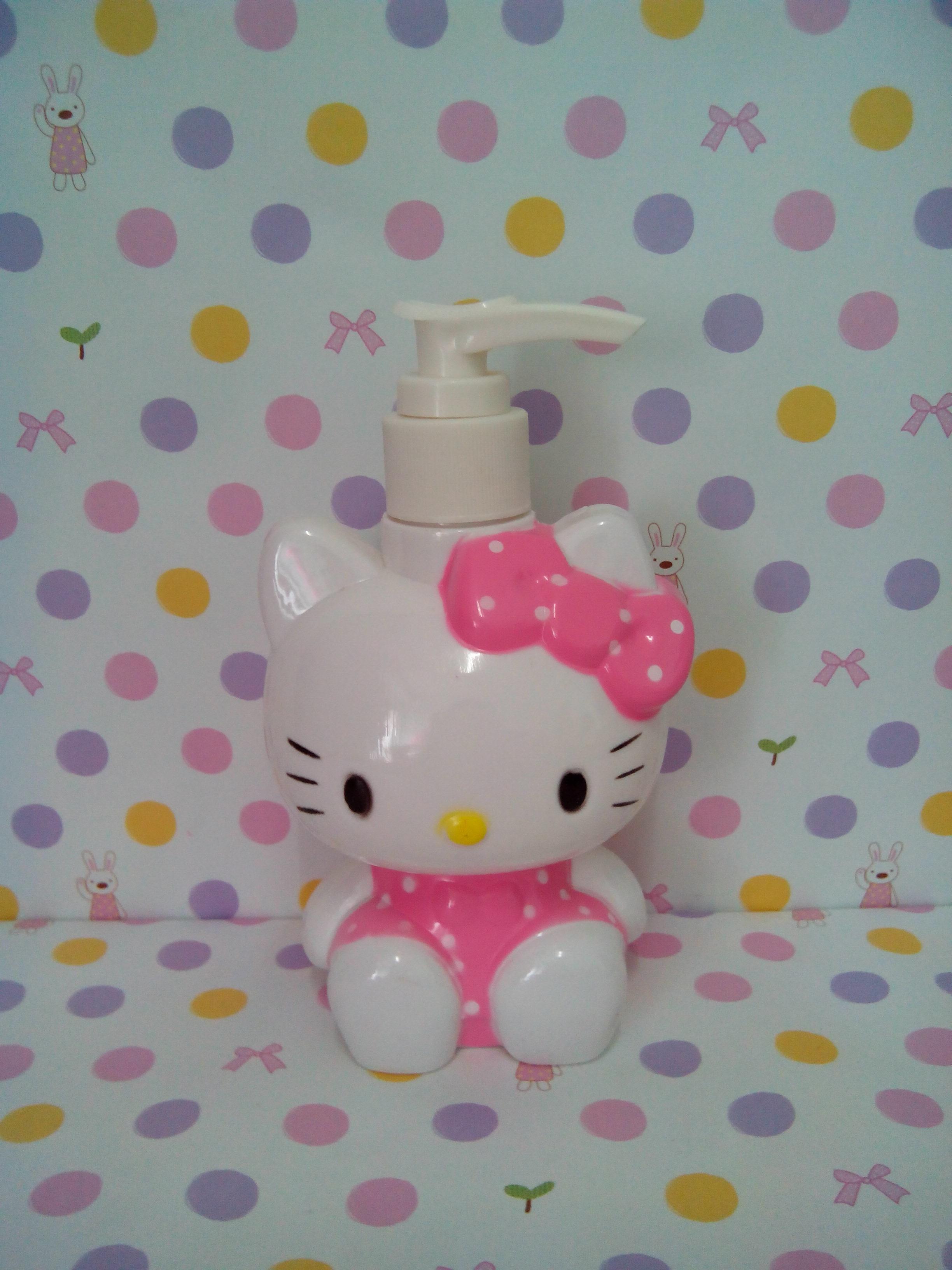 ขวดปั้มสำหรับใส่สบู่เหลว แชมพู ฮัลโหลคิตตี้ hello kitty ขนาดสูง 5.5 นิ้ว