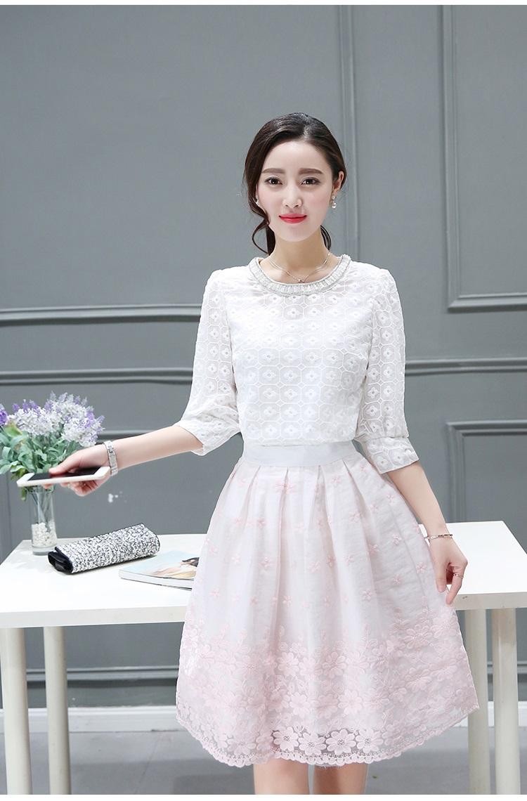 เสื้อผ้าแฟชั่นเกาหลี set เสื้อ และกระโปรงสวยมากๆ ครับ