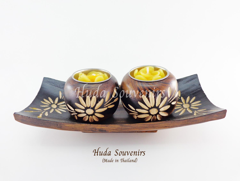 เชิงเทียนไม้ ที่ใส่เทียนหอม ลูกกลมคู่ พร้อมไม้จานรอง แกะสลักลายดอกไม้ วัสดุทำจากไม้