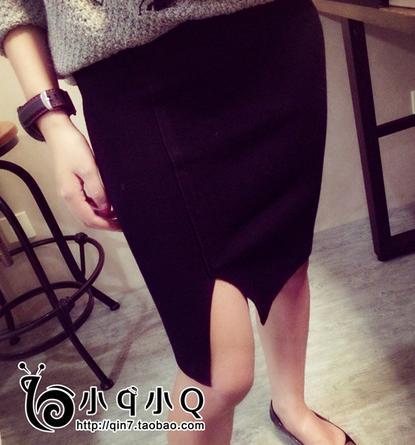 กระโปรงผ้ายืดสีดำ ผ่าข้าง ผ้ายืดกระชับใส่สบายมากคะ