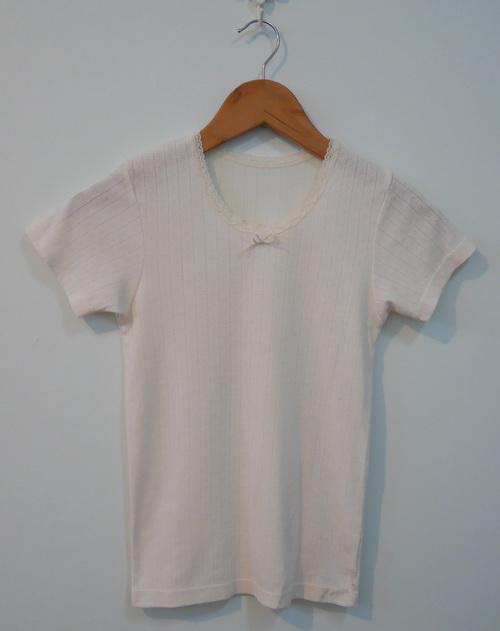 jp3827 เสื้อนอนผ้ายืดทอลาย สีครีม รอบอก 28-32 นิ้ว