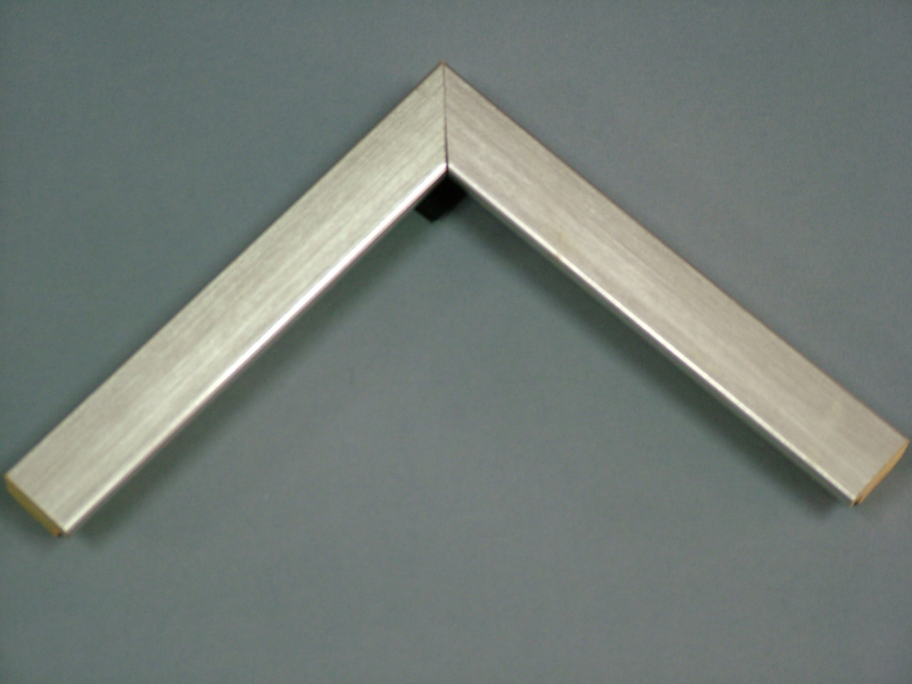 กรอบ014เงินเหลี่ยมกลาง3.2