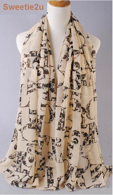 ผ้าพันคอผ้าชีฟองสีเบจ ลายอักษรอังกฤษ
