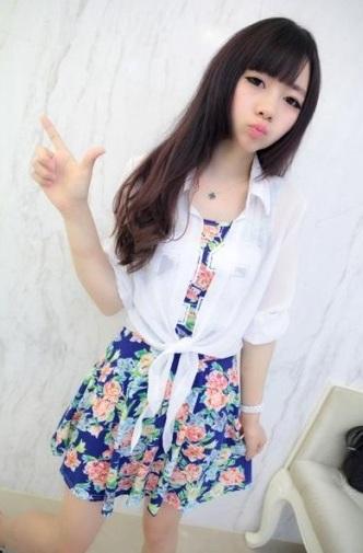 พร้อมส่ง-เดรสแฟชั่น เดรส+เสื้อคลุม ลายดอกไม้ สีน้ำเงิน มีเสื้อคลุมสีขาว